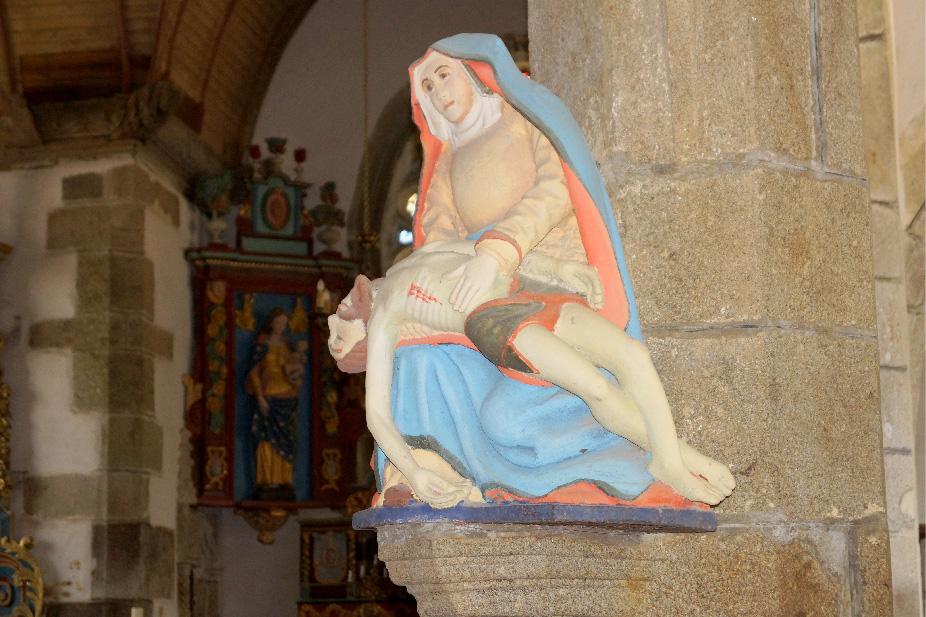 Pietà bois polychrome St Ségal