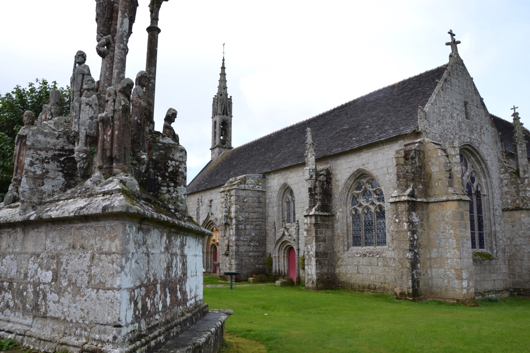 location-vacances-vertes-finistere-landrevarzec-chapelle