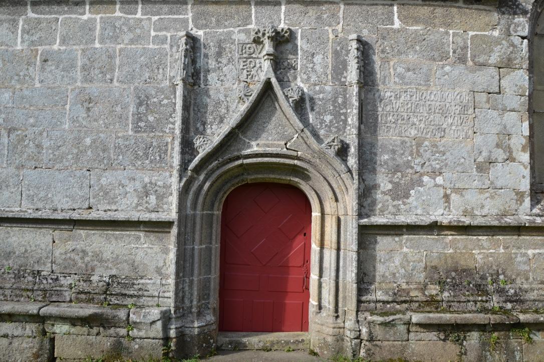 Pleyben, petite porte