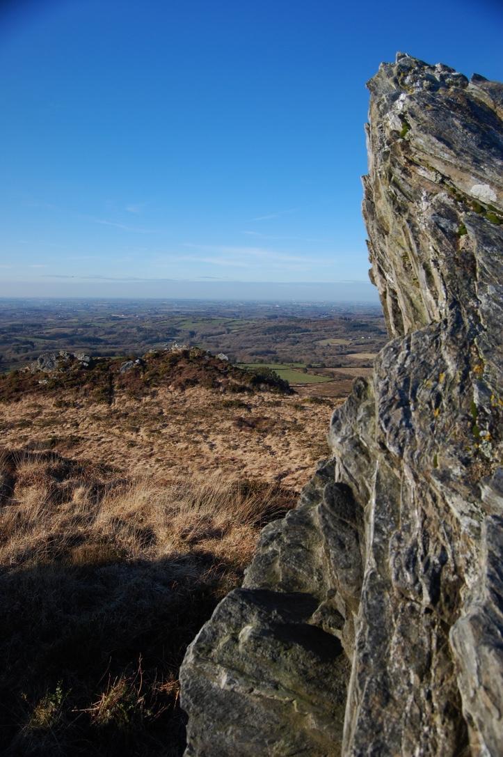 Le Nord Finistère vu des crêtes du Yeun Elez